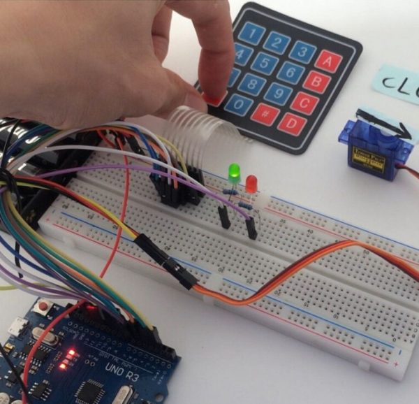 4 x 4 keypad 16 Key Matrix Array Membrane Switch Keypad Keypad01